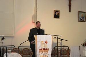 Moderator Pastor Markus Berief, der uns die ganzen Tage wunderbar in die Themen einführte und die Referenten vorstellte