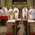 So viele Priester, wunderbar!